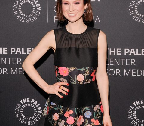 Ellie Kemper Joins Metro Theater's Virtual Reading of 'A Christmas Carol'