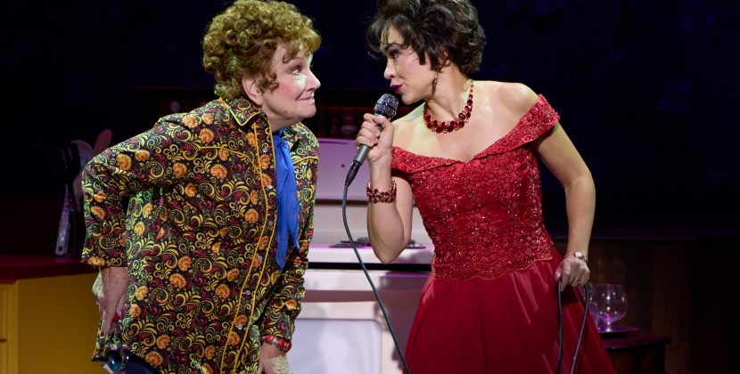 Folksy Charm of Stages St. Louis 'Always…Patsy Cline' Tugs at Hearts